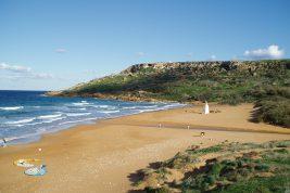 Ramla, la più bella spiaggia dell'isola di Gozo, dove sopravvive la leggenda di Ulisse e Calipso